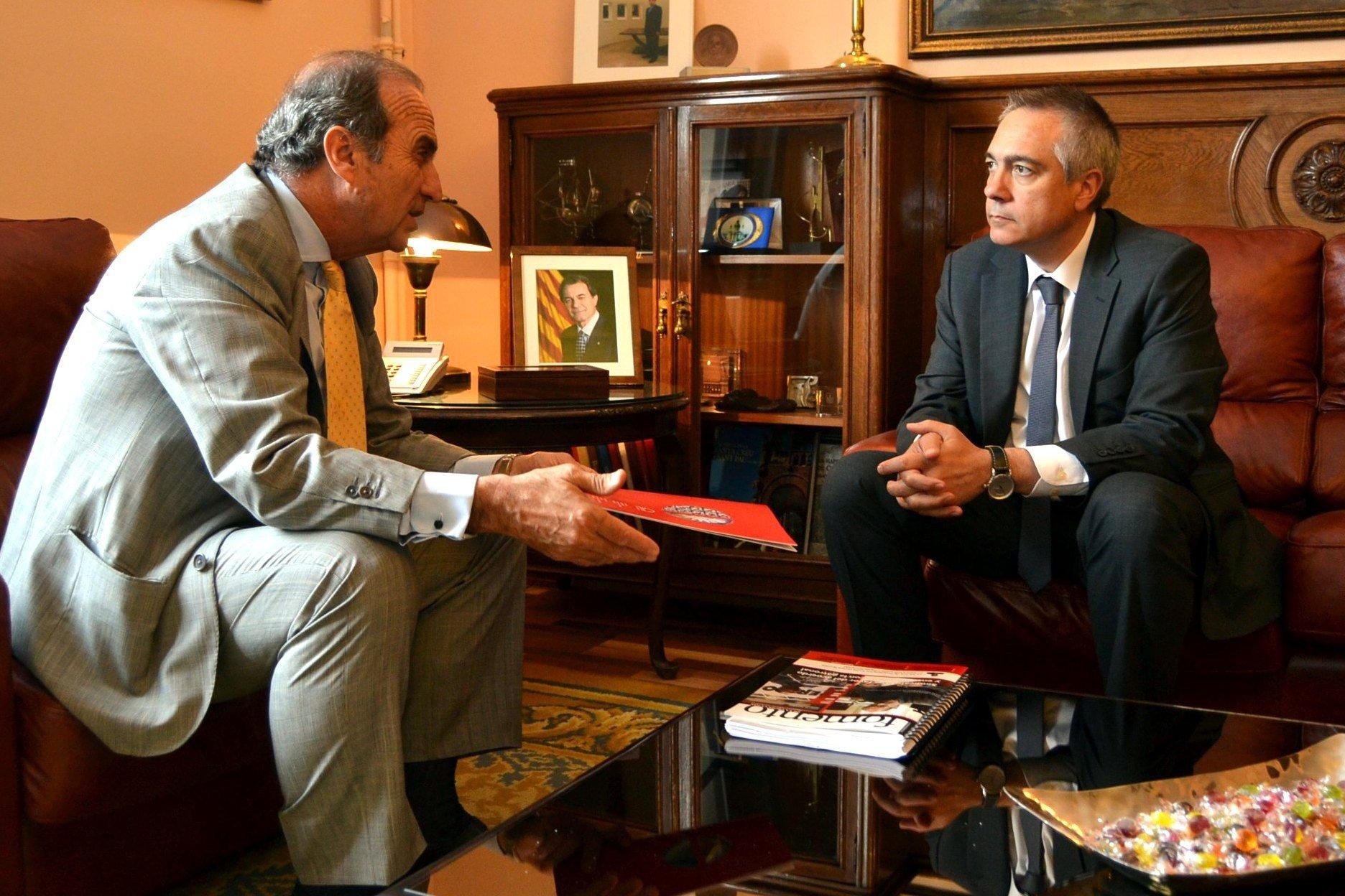 Navarro (PSC) analiza la situación de las empresas catalanas con Fomento del Trabajo
