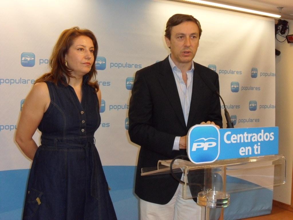 El PP carga contra UPyD: «La cabra al final acaba tirando al monte y habrá un tripartito en Asturias»