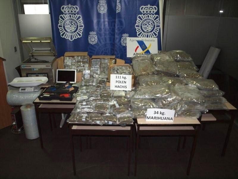 La Policía detiene a tres personas por narcotráfico y se incauta de 111 kilos de hachís en Catral (Alicante)