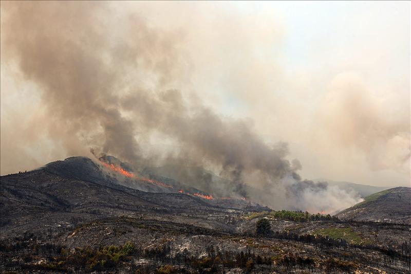 El incendio de Rasquera abarca un perímetro de 3.000 hectáreas