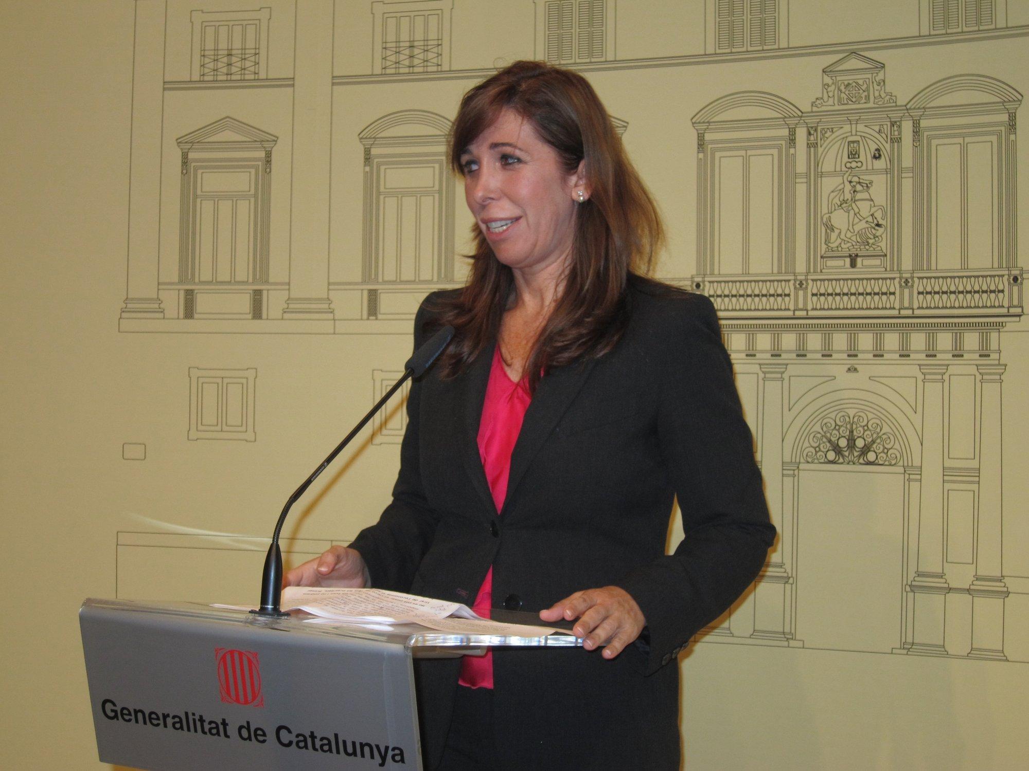 Sánchez-Camacho ve al PP catalán clave para el éxito de un pacto fiscal y pide a Mas evitar una «fractura»