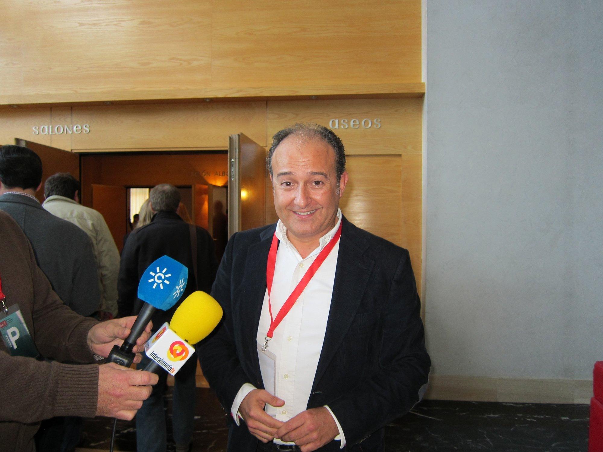 Soler acusa a PSOE-A de «generar tensión y agresividad» y dice que el expediente a Asensio persigue «asustar»