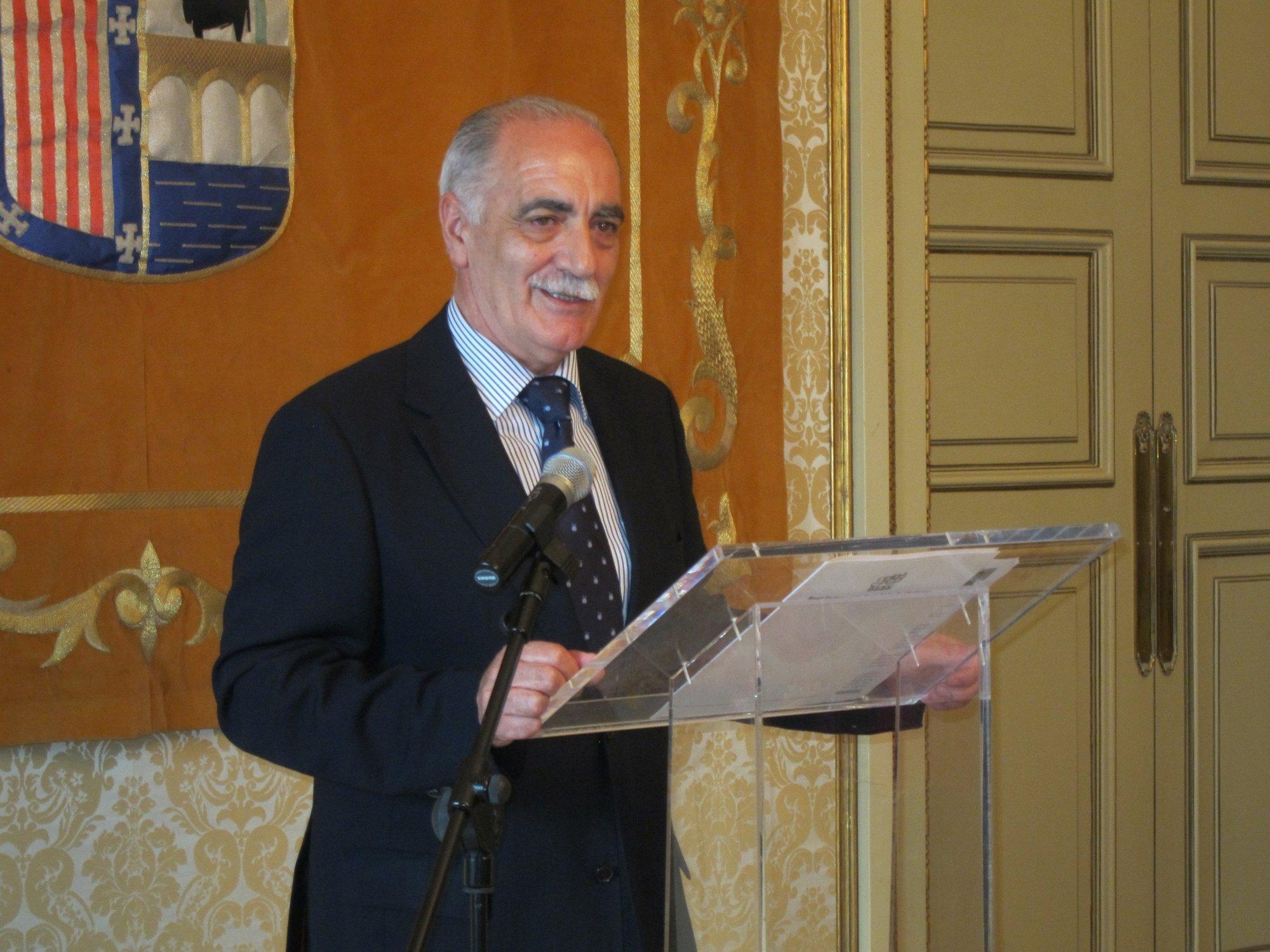 El presidente de la Federación de Ciclismo confía en que Salamanca sea sede de la presentación de la ropa olímpica