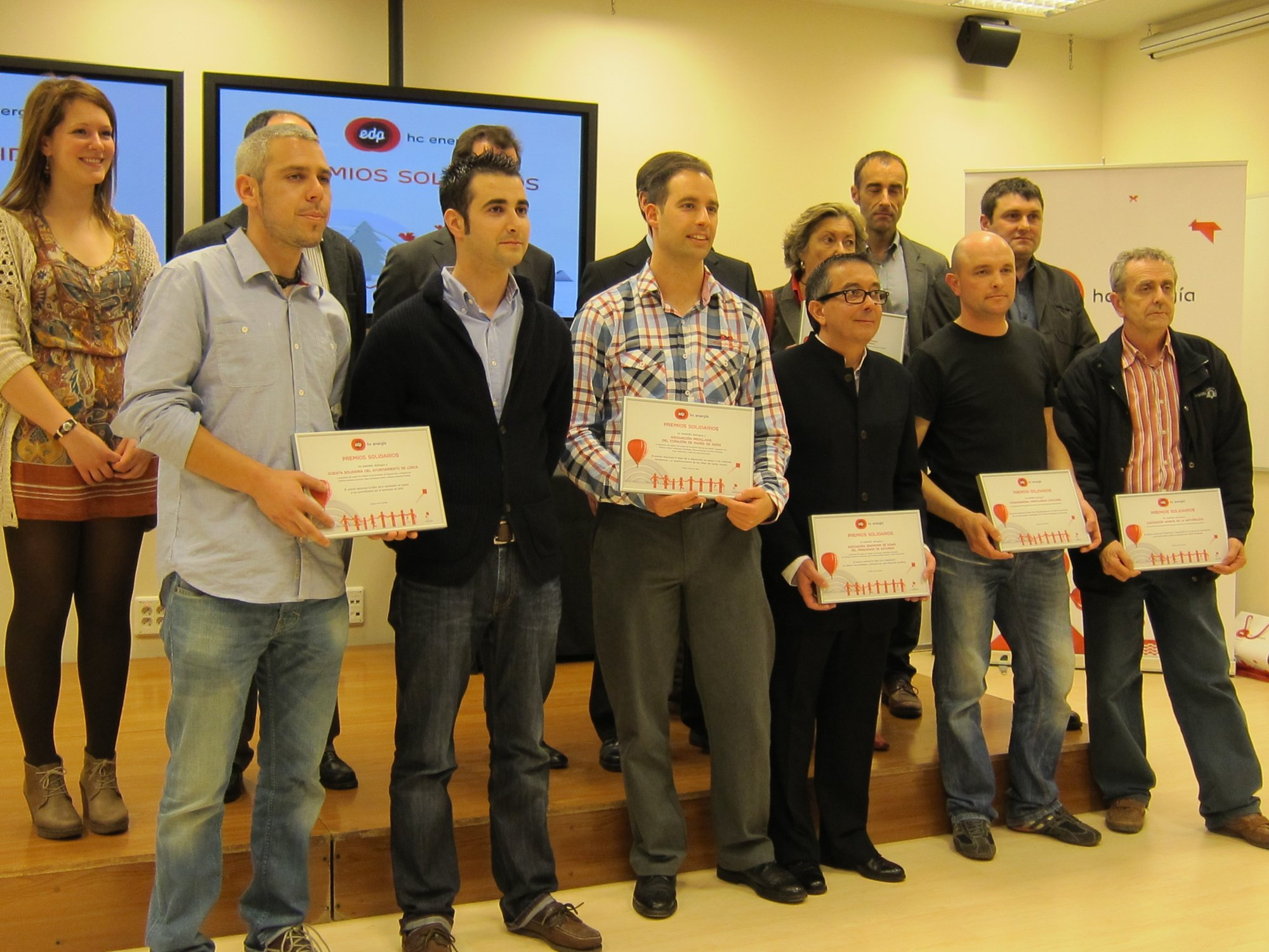 Los trabajadores de HC donan sus premios por iniciativas de mejora a seis ONGs