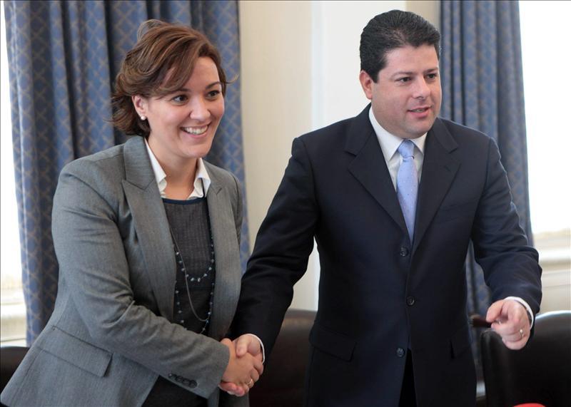 El Gobierno pide al PSOE unidad para defender las aguas españolas del Peñón