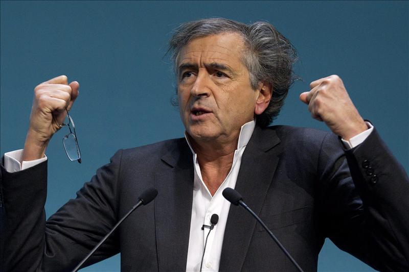 Bernard-Henri Lévy presenta en Cannes su visión de la revolución libia