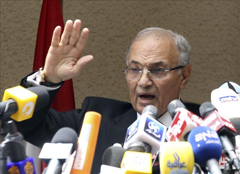 El líder de los Hermanos Musulmanes busca el apoyo de los candidatos derrotados