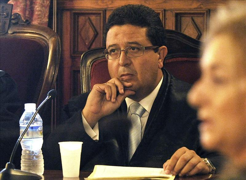El Supremo eleva de 2 a 10 años la inhabilitación a juez de Sevilla Francisco Serrano
