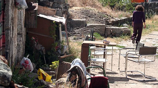 El pueblo abandonado de Navalquejigo en Madrid cumple 15 años »okupado»