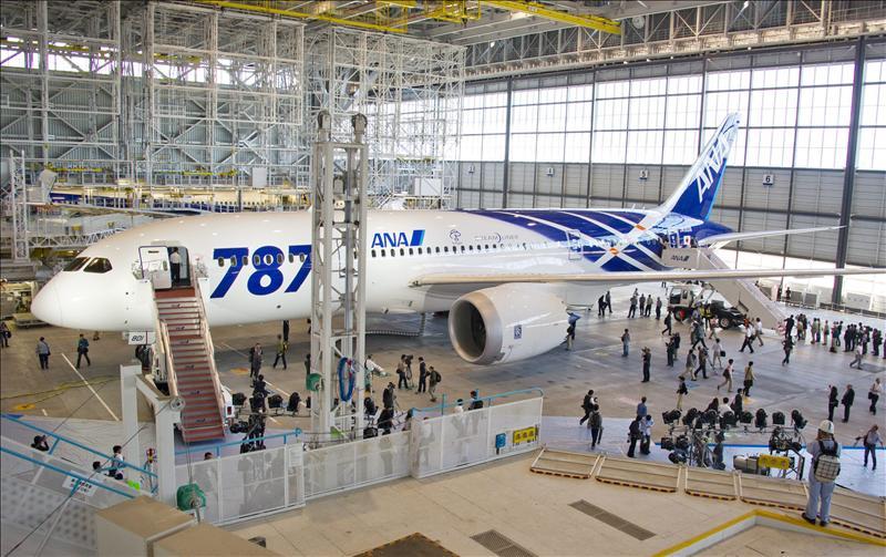 En los nuevos Boeing se podrá navegar por Internet y hablar por el móvil