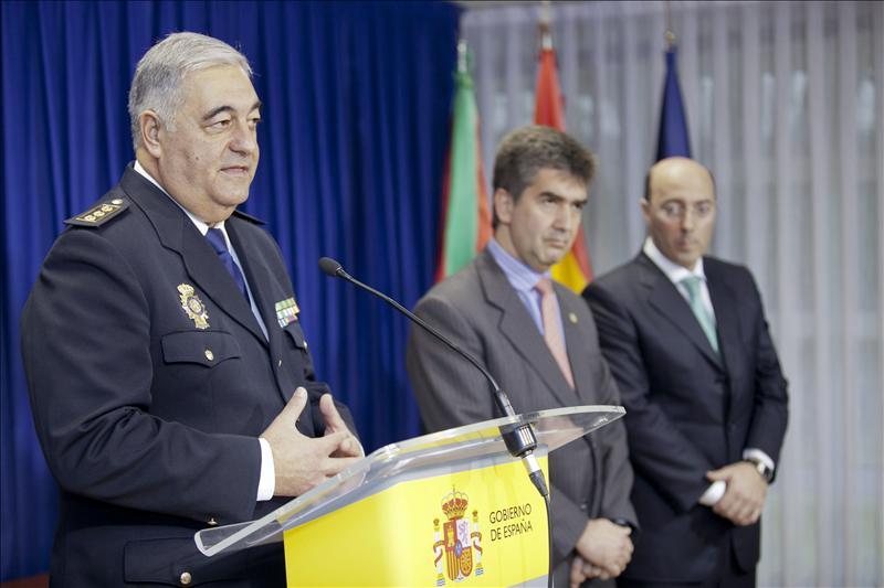 Ordenan cesar al jefe superior de Policía de Euskadi por no ser licenciado