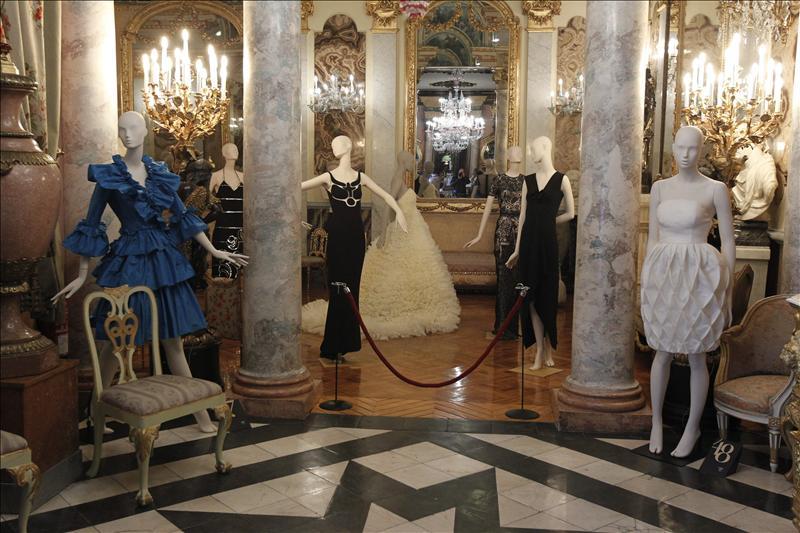 La moda mantiene un delicado diálogo con el arte en el Museo Cerralbo