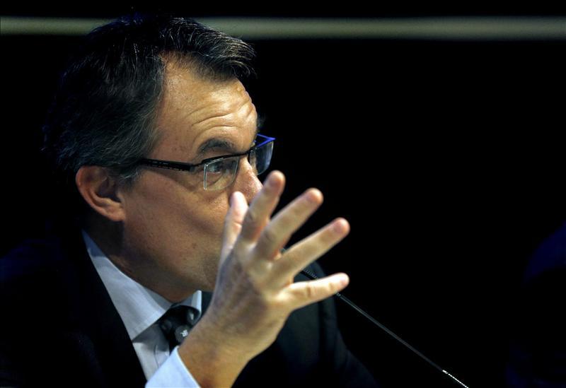 Mas niega que diera un ultimátum a Rajoy diciéndole «atente a las consecuencias»