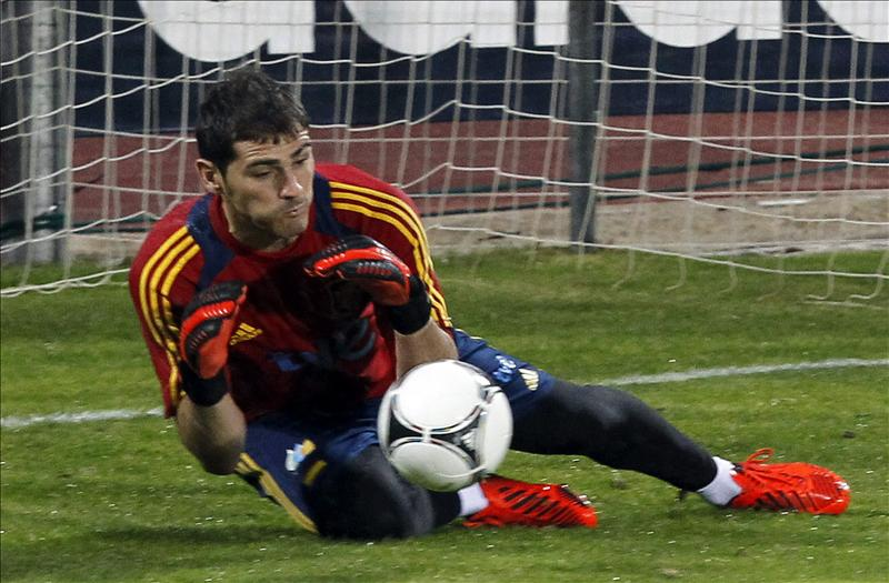 Xavi, como Iker, viajará a Oviedo en vuelo privado después del entrenamiento