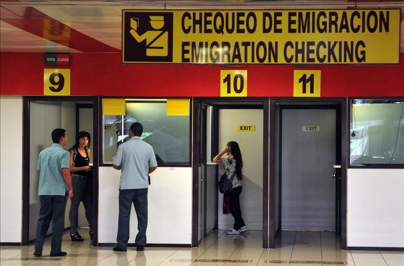 Cuba anuncia pasos para normalizar las visitas de sus emigrados «ilegales»