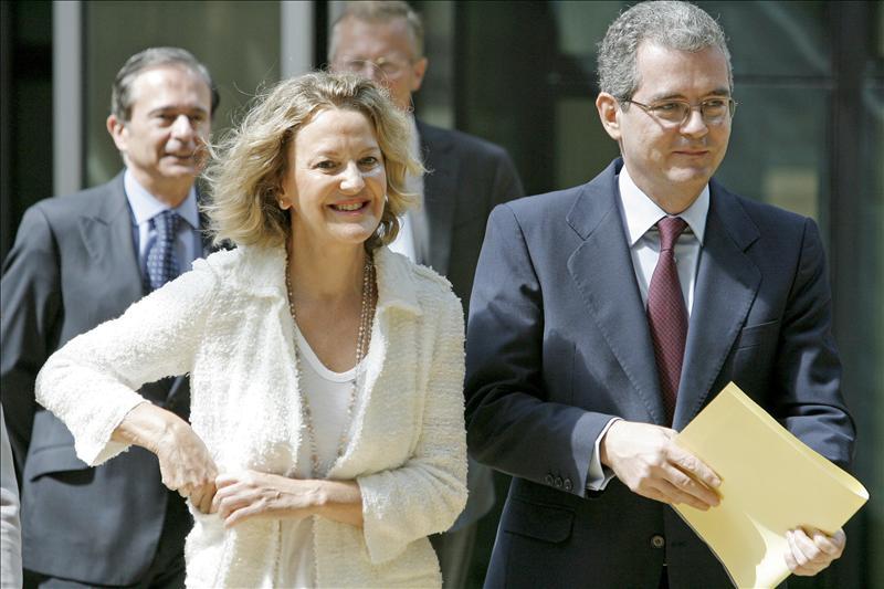 La Fundación Amancio Ortega entrega a Cáritas 20 millones de euros