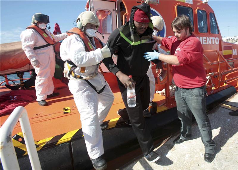 Recuperados 14 cadáveres y rescatadas con vida 17 personas en el Mar de Alborán