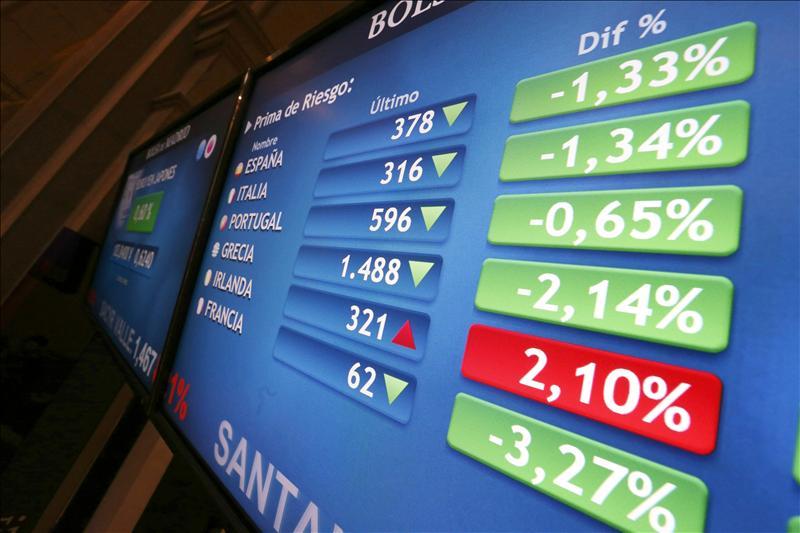 La prima de riesgo de España abre por debajo de 400 puntos básicos