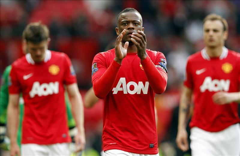 El francés Evra se sentía frustrado después de jugar contra el Chelsea