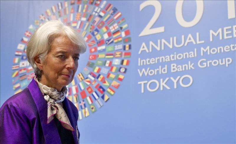 Lagarde critica la resistencia de los bancos a realizar reformas financieras