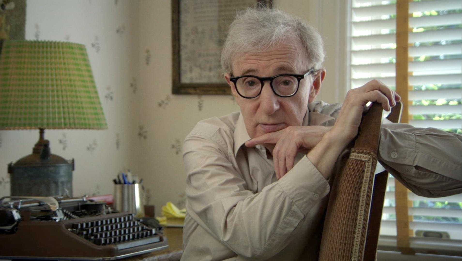 El Festival Cine Inédito proyecta este domingo »Woody Allen, un documental», que ofrece una «mirada íntima» del cineasta