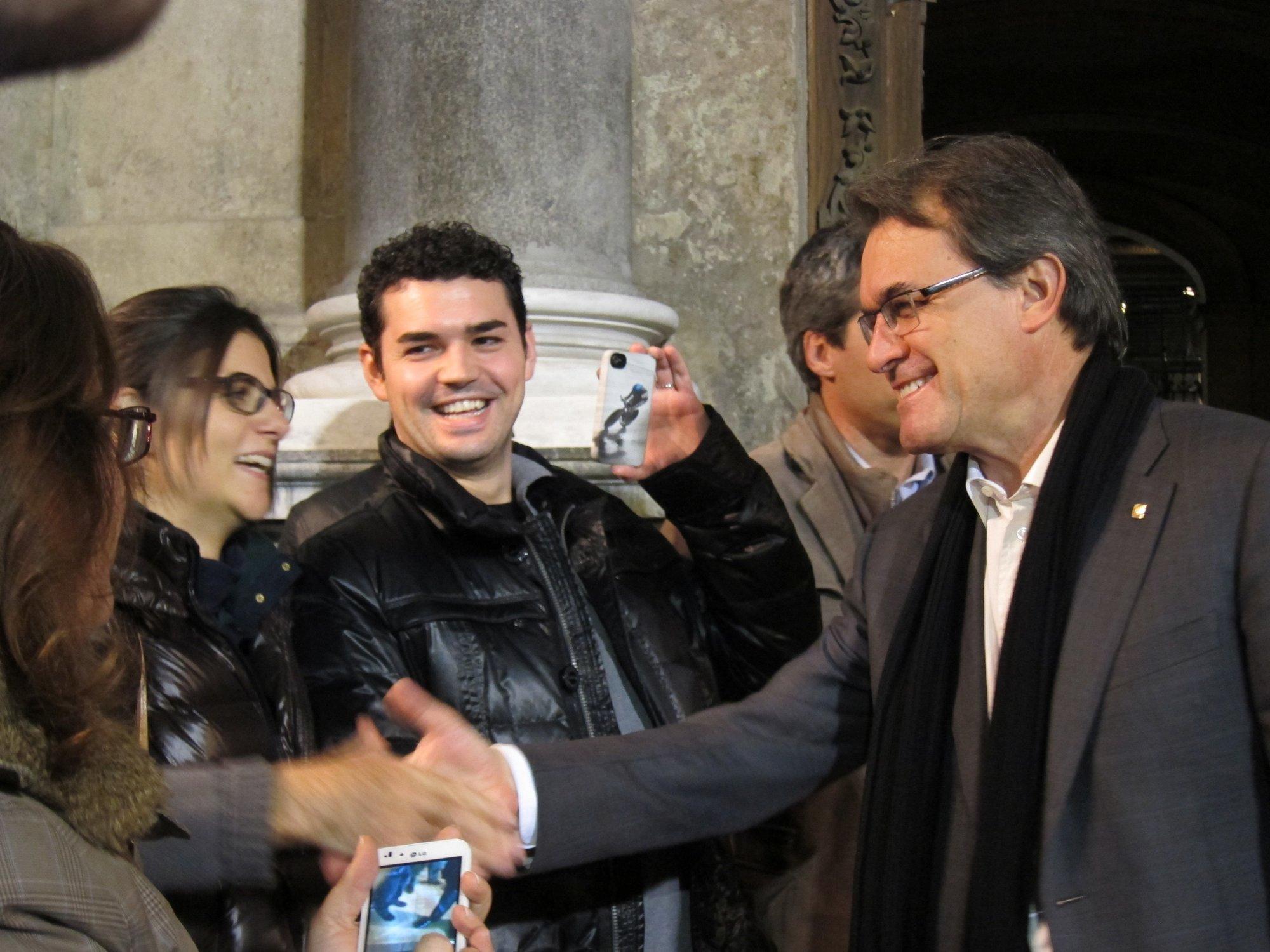 La Junta Electoral declara ilegal la convocatoria a favor de Mas