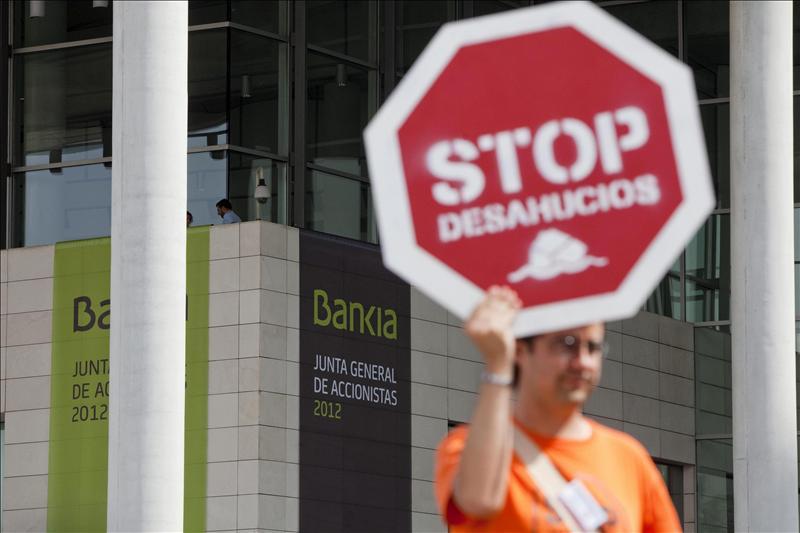 La Plataforma hipotecaria reclama reformar la ley y paralizar los embargos