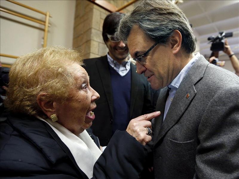 CiU se impone en el pueblo más pequeño de Cataluña tras doblar votos