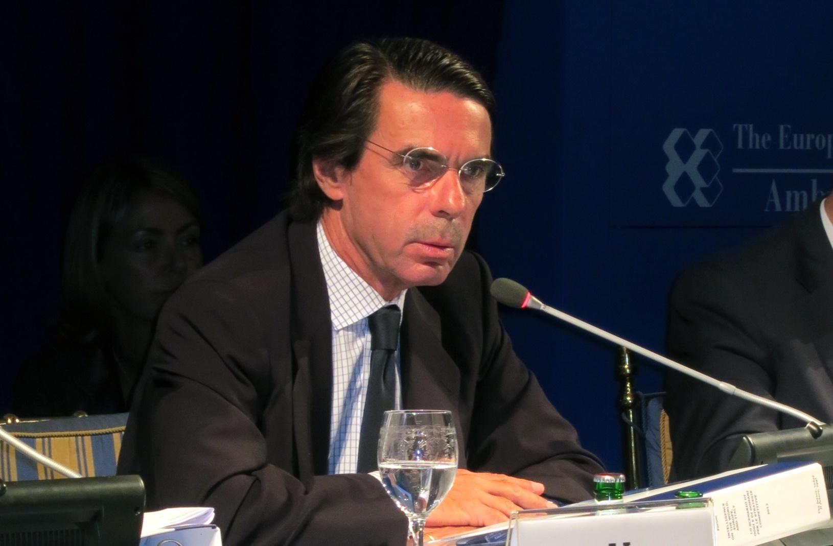 Aznar presenta este lunes su libro de memorias arropado por sus exministros Rato, Zaplana, Piqué, Aguirre y Pastor