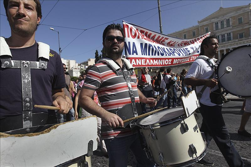 El BCE y el FMI insisten en una nueva quita a la deuda griega ante la resistencia alemana