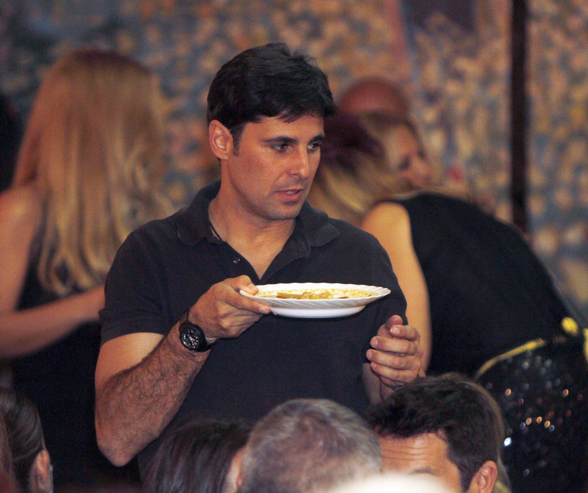 Francisco Rivera, un perfecto camarero en El Rastrillo