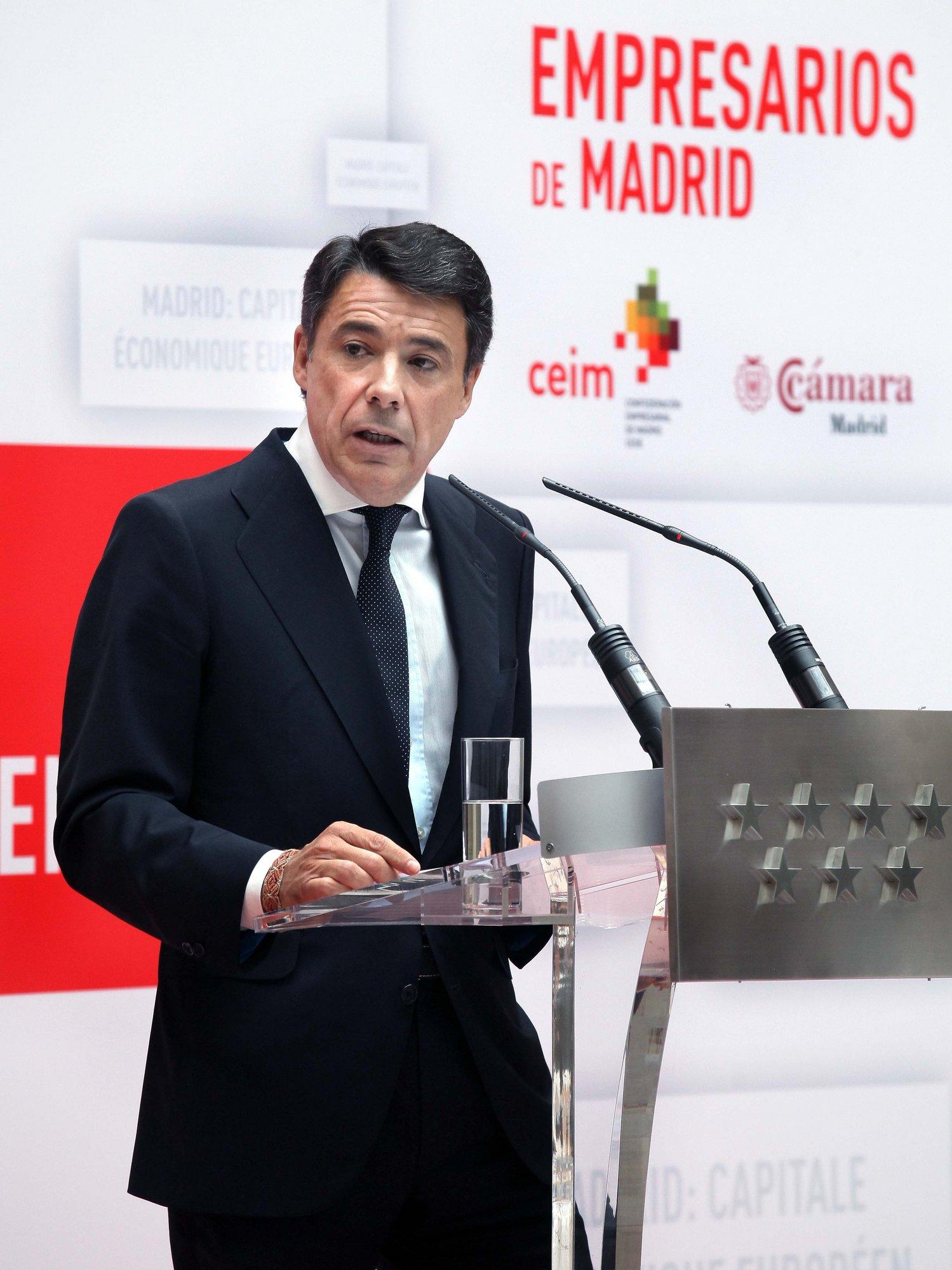 Ignacio González cree que los catalanes saben que la «deriva nacionalista» de Mas «no tiene encaje constitucional»