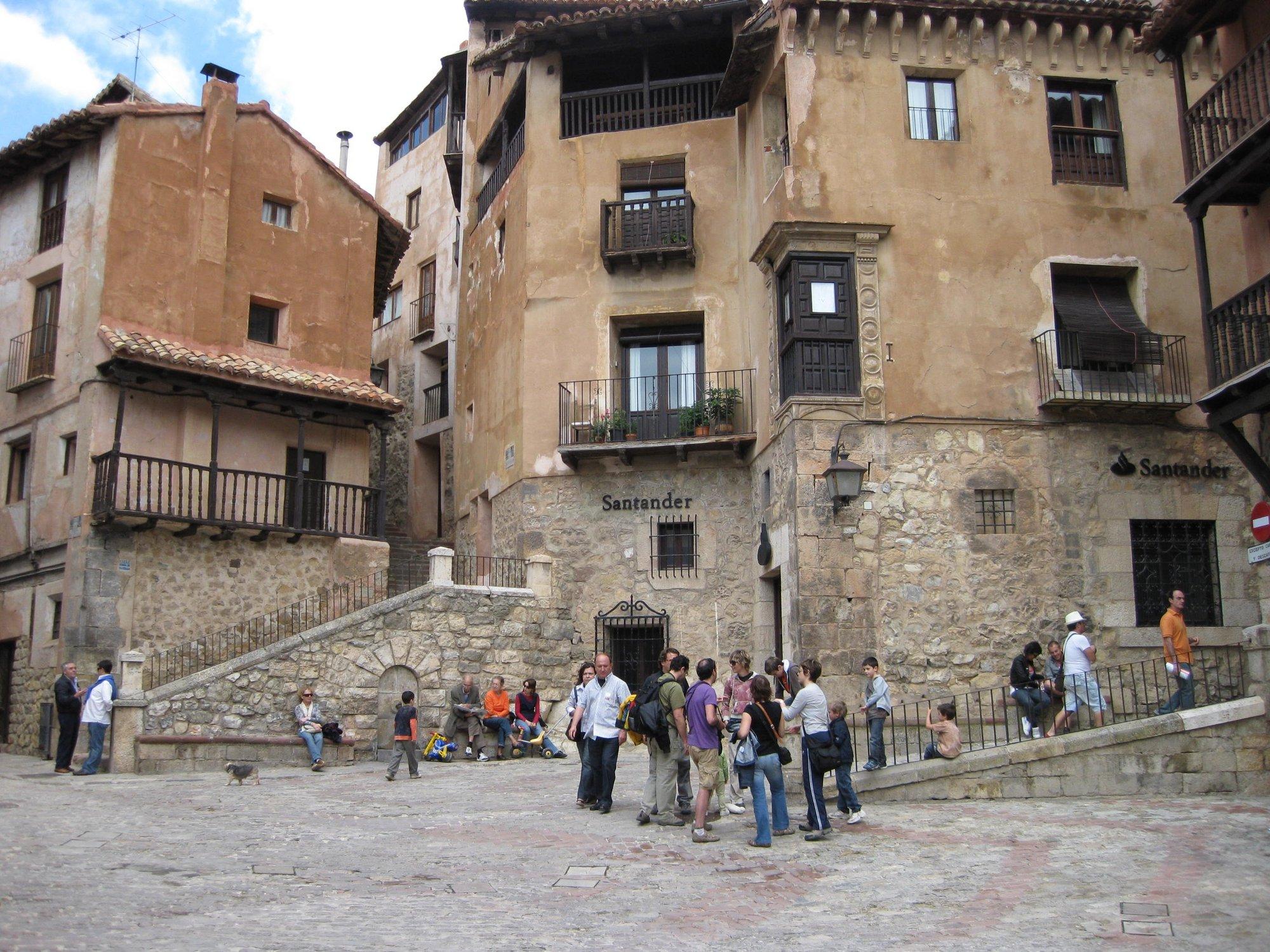 La Peña Taurina de Albarracín convoca un concurso de fotografía, pintura y dibujo infantil