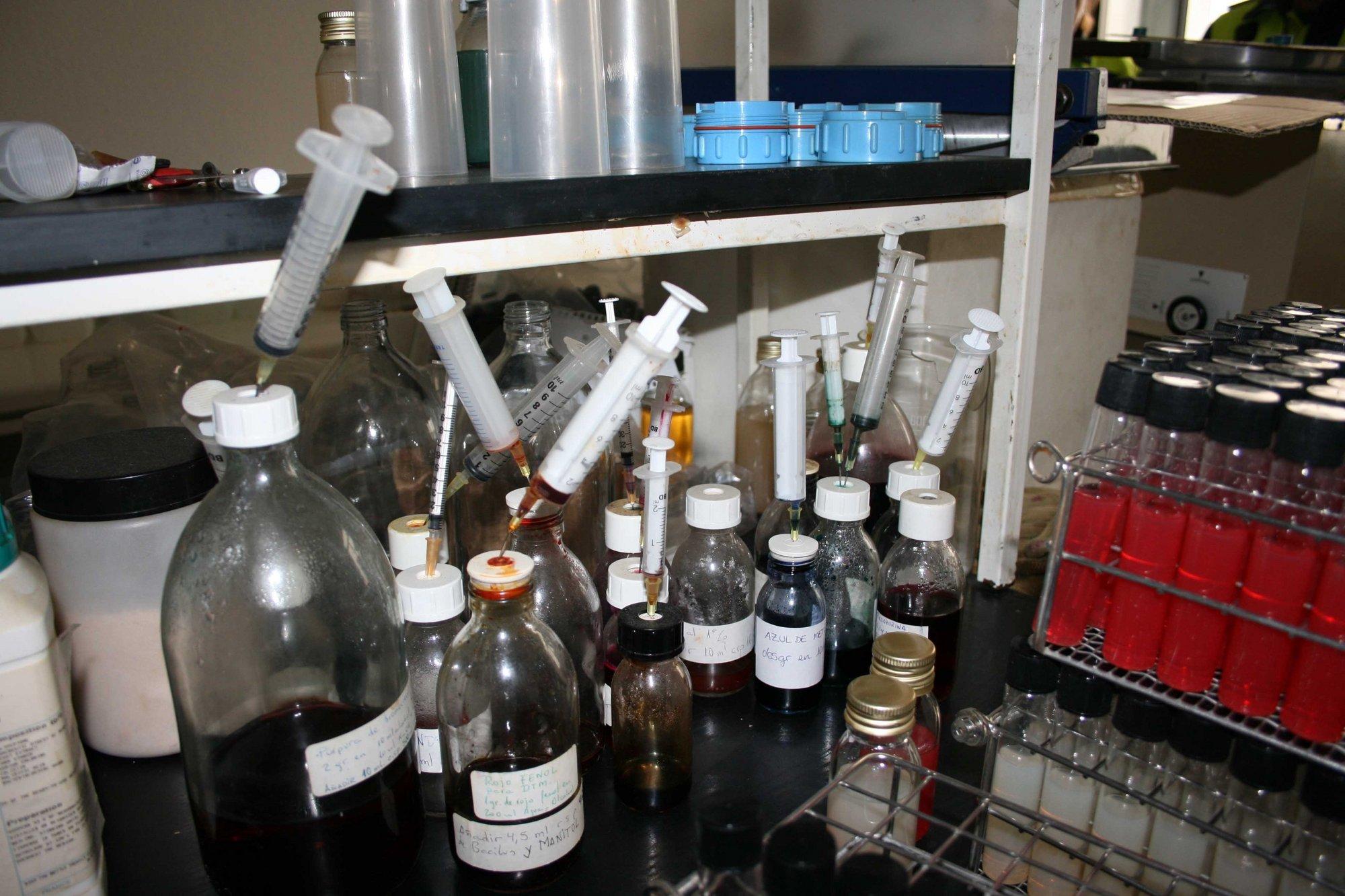 La Policía Municipal localiza un laboratorio de productos químicos ilegal en Vallecas