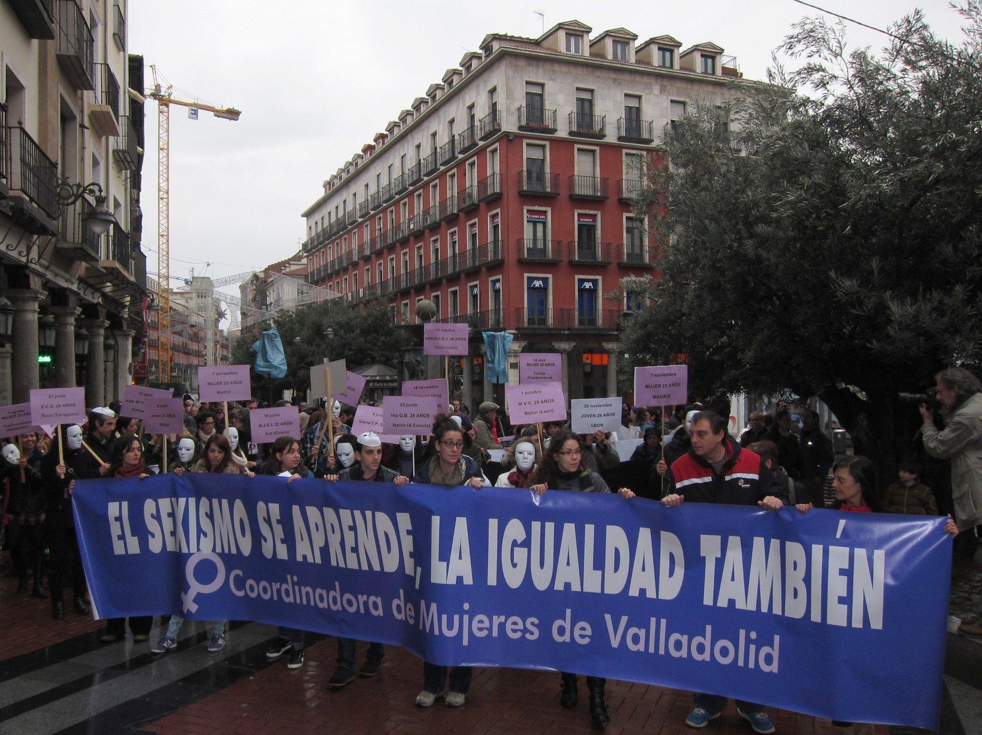 Varios centenares de personas reclaman en Valladolid más formación en igualdad para evitar la violencia de género