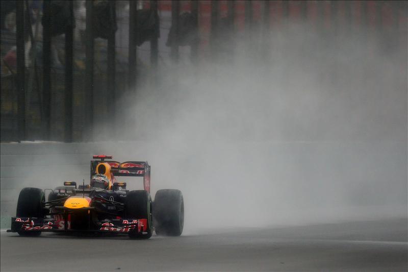 Vettel eleva a seis miembros el »club» de los tricampeones