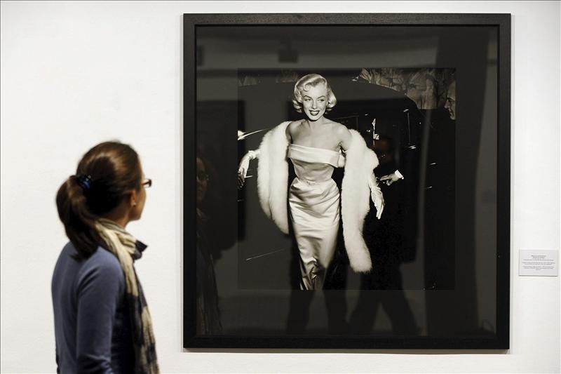 Una foto de la graduación de Marilyn Monroe sale a subasta en Inglaterra