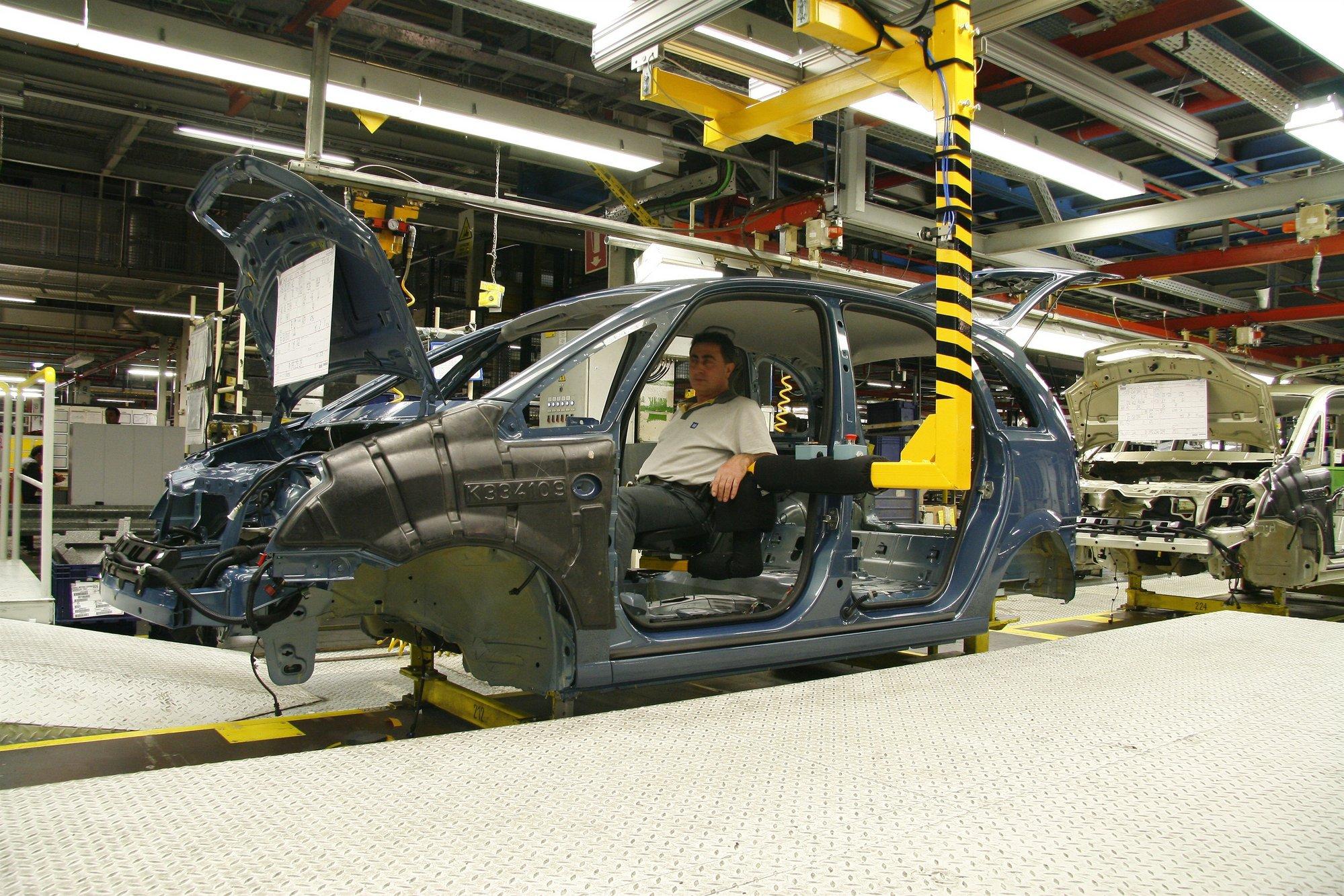 El superávit comercial del automóvil cae un 11,8% hasta septiembre