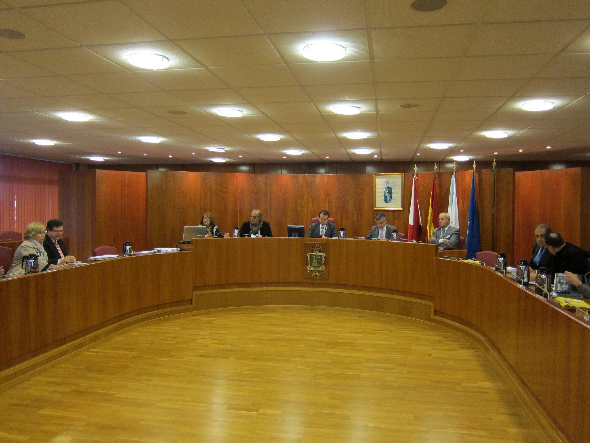 El Ayuntamiento de Vigo mantiene disponible el crédito de la paga extra de los funcionarios con los votos de PSOE y BNG