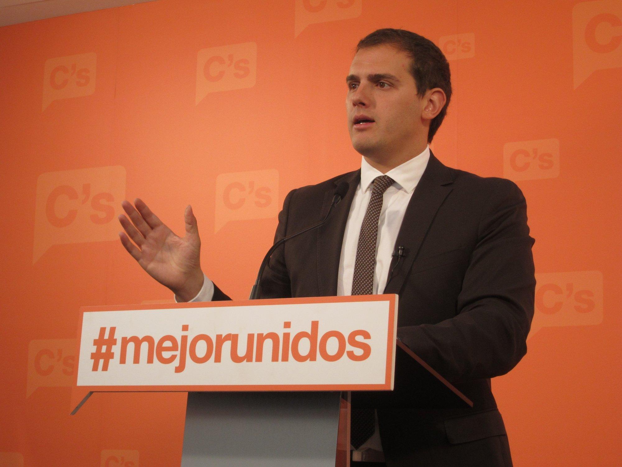 Ciutadans le exige a PP y PSC que no salven a Artur Mas