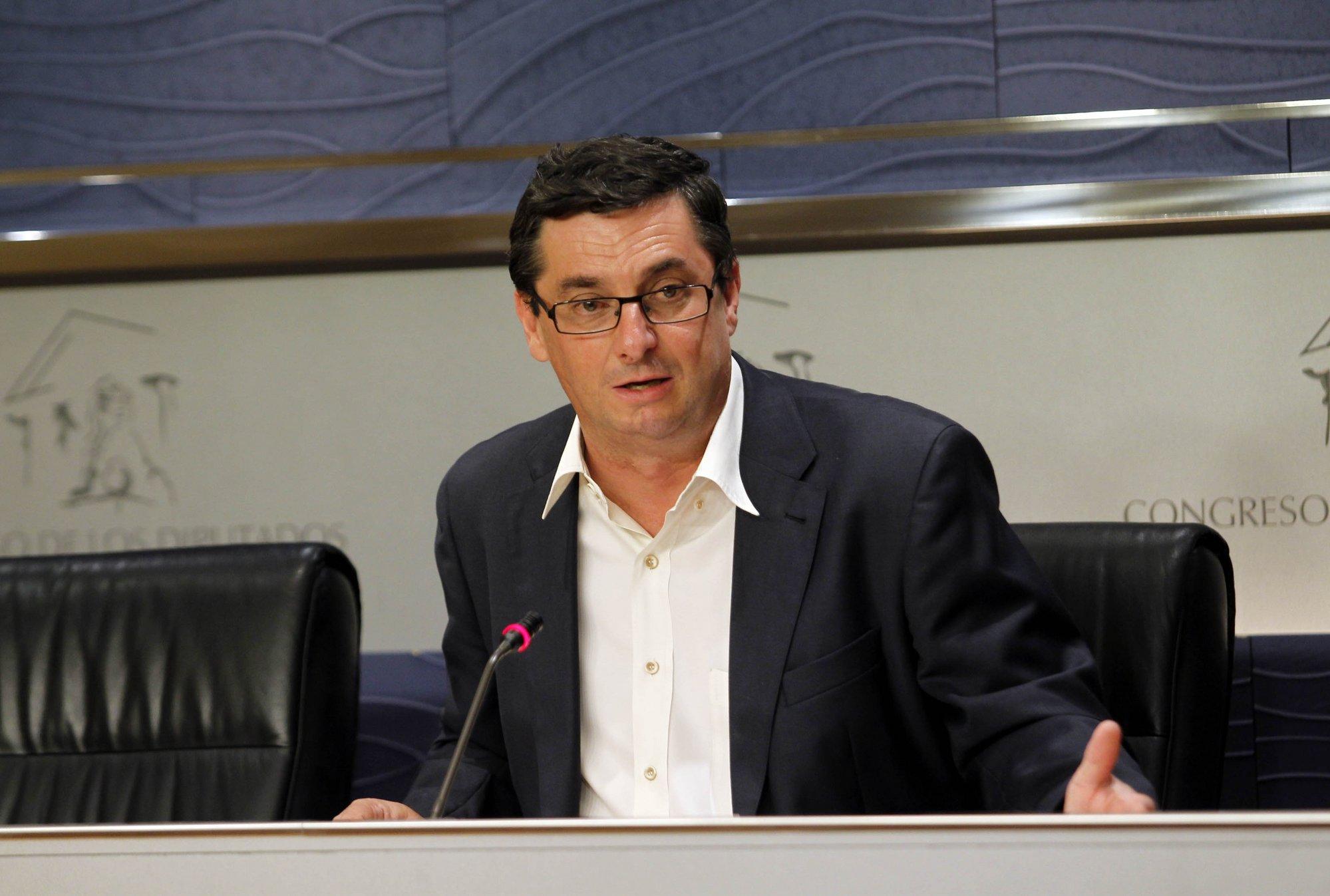 Izquierda Plural y BNG defienden mañana en el Congreso la propuesta de someter a referéndum los recortes de Rajoy
