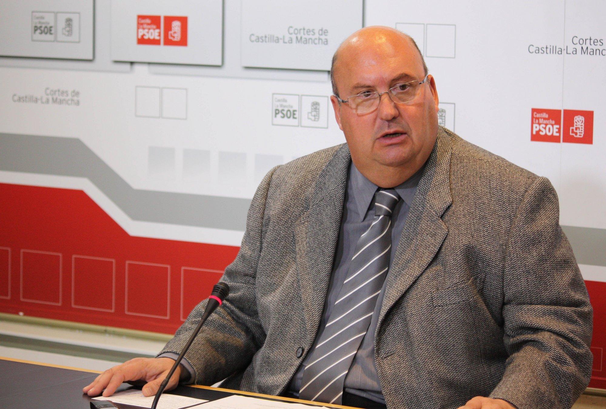 El PSOE propone crear nuevos impuestos para destinarlos a crear empleo y garantizar los servicios sociales básicos
