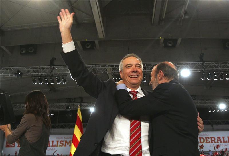 Rubalcaba felicita a Pere Navarro por un resultado «muy digno» en Cataluña