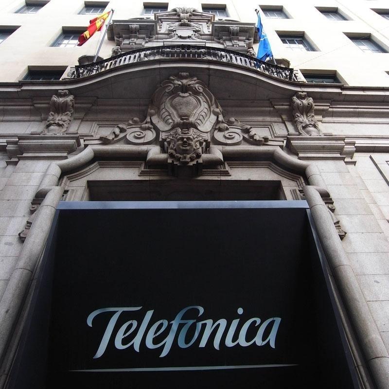 Telefónica estudia la salida bolsa de su negocio latinoamericano en 2013