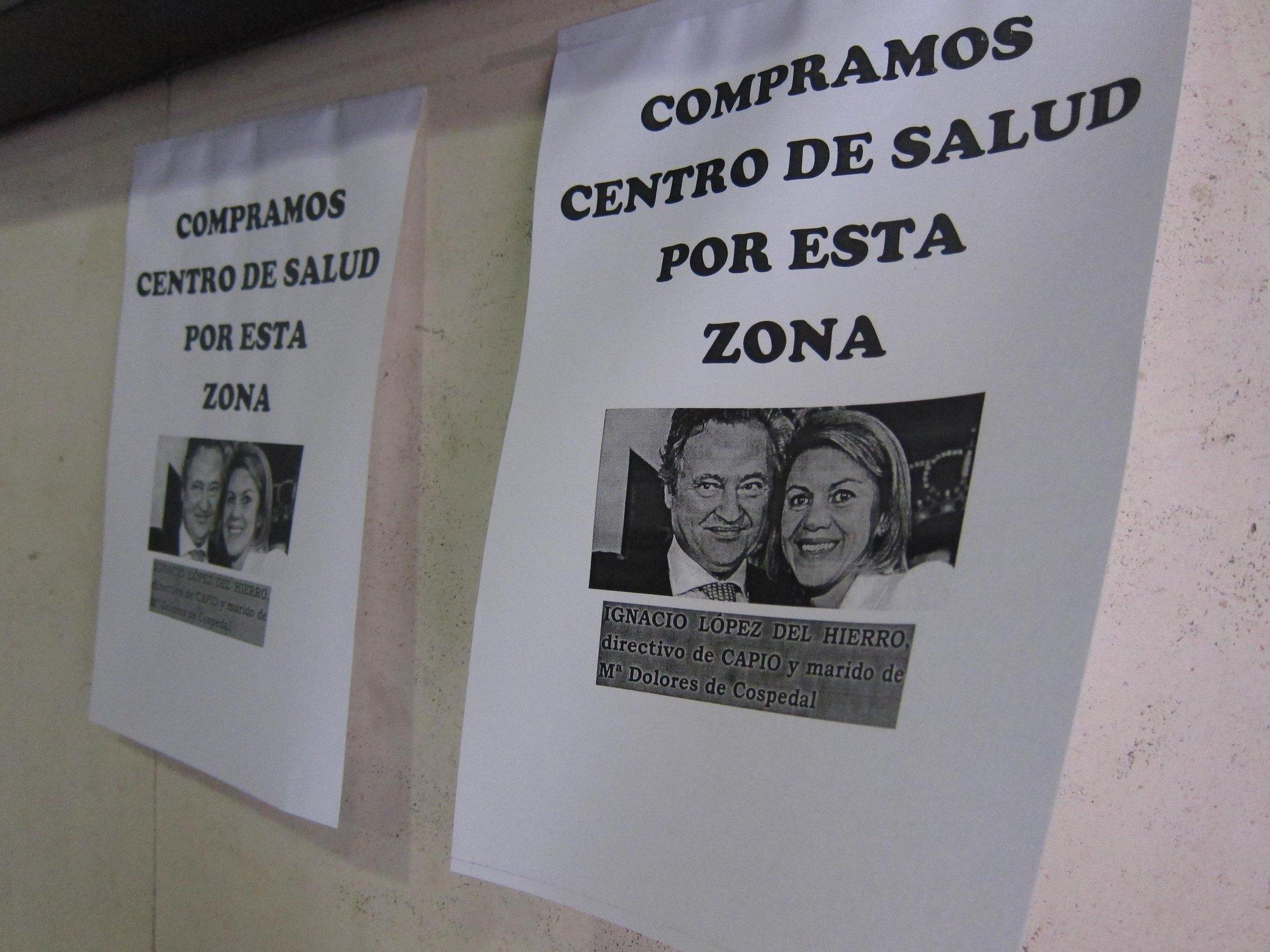 La huelga sanitaria deja centros de salud abarrotados por el cambio de cita, otros vacíos y otros con pancartas