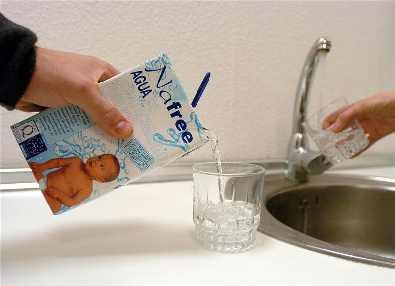 Entre los 12 meses y los 5 años, vigila la hidratación de tus hijos