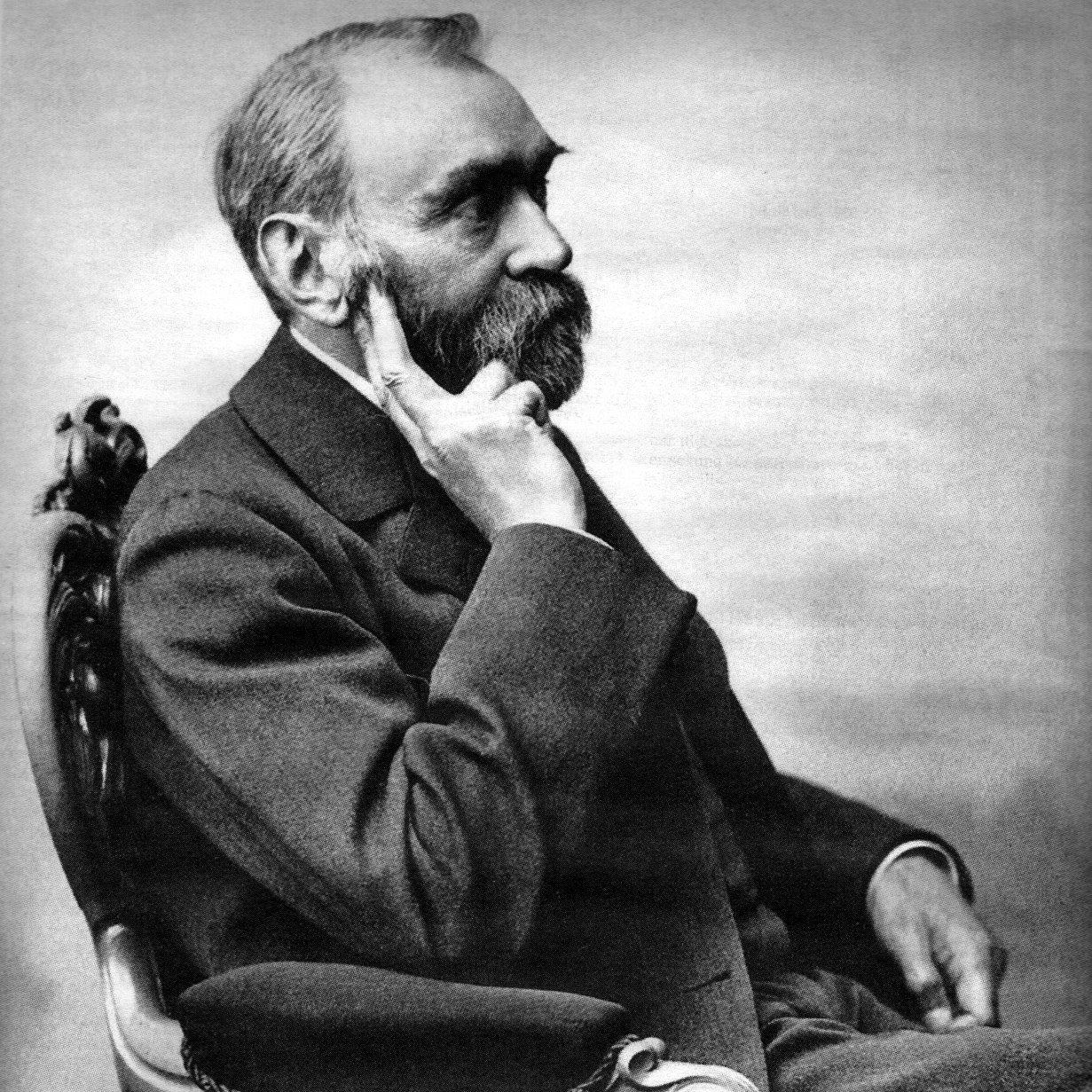Alfred Nobel, es el químico sueco que patentó la dinamita y la gelignita