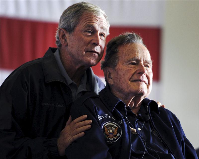 «Spiegel» publica por error el obituario de George Bush padre en su edición digital