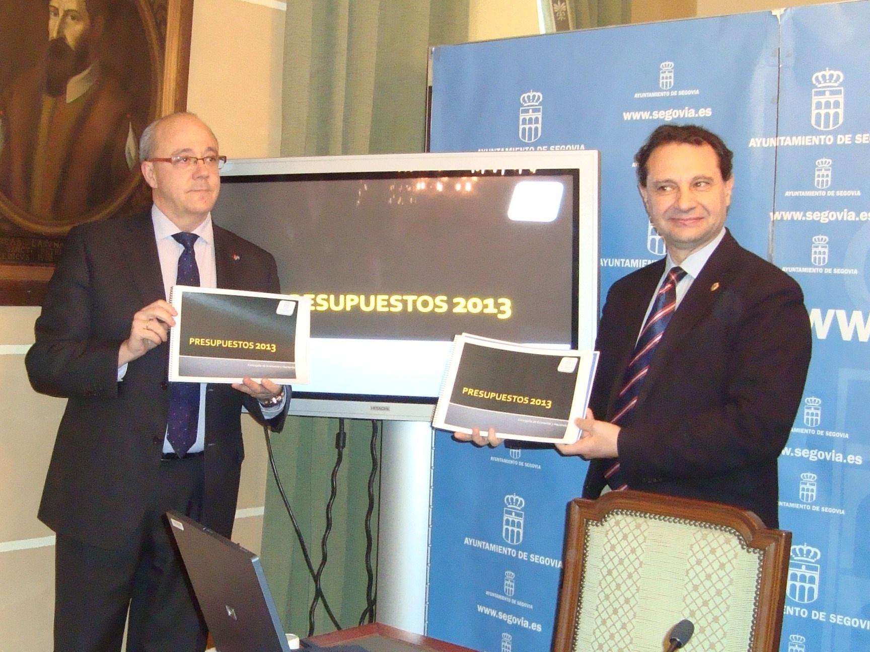 El Ayuntamiento de Segovia tendrá 60 millones de presupuesto en 2013 y mantendrá servicios sociales y plantilla