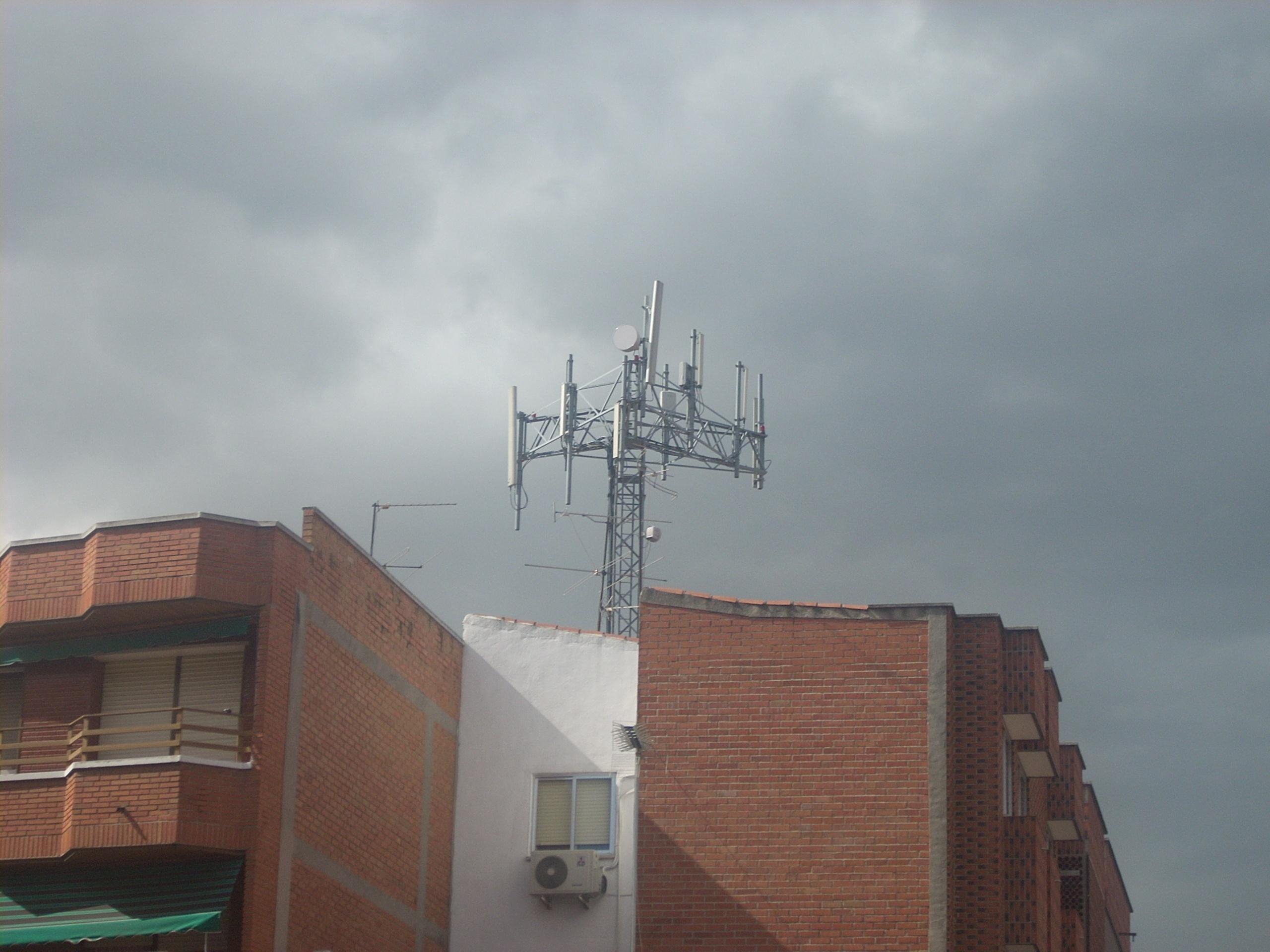 El Ayuntamiento de Valladolid clausurará las antenas de Ribera de Castilla si ya están en funcionamiento
